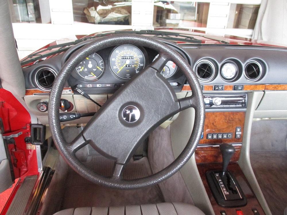 85 Mercedes Convertible 050.JPG
