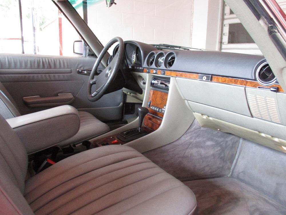 85 Mercedes Convertible 055.JPG