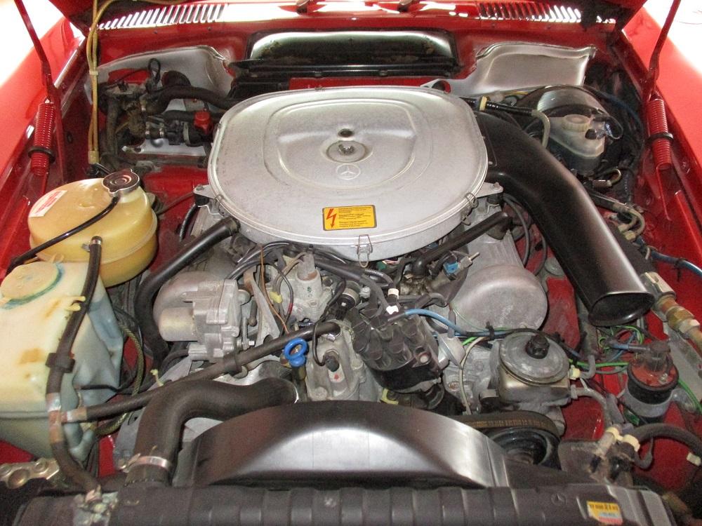 85 Mercedes Convertible 066.JPG