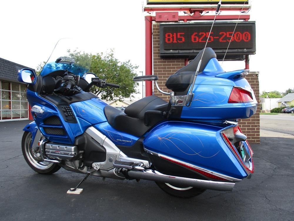 12 Honda GL1800 010.JPG