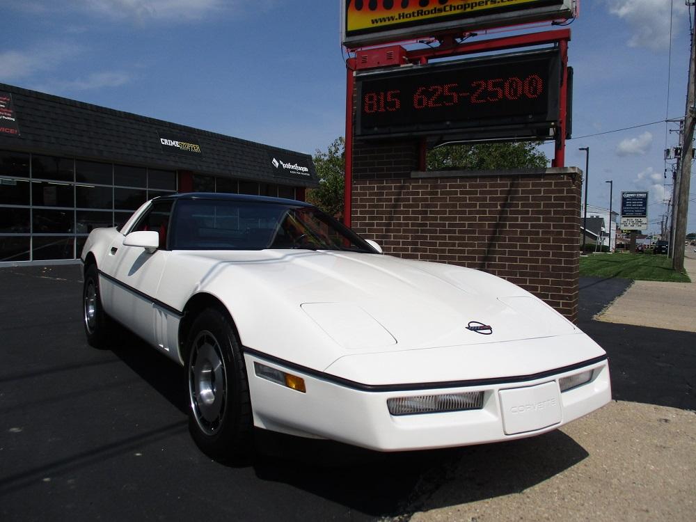 85 Corvette 003.JPG