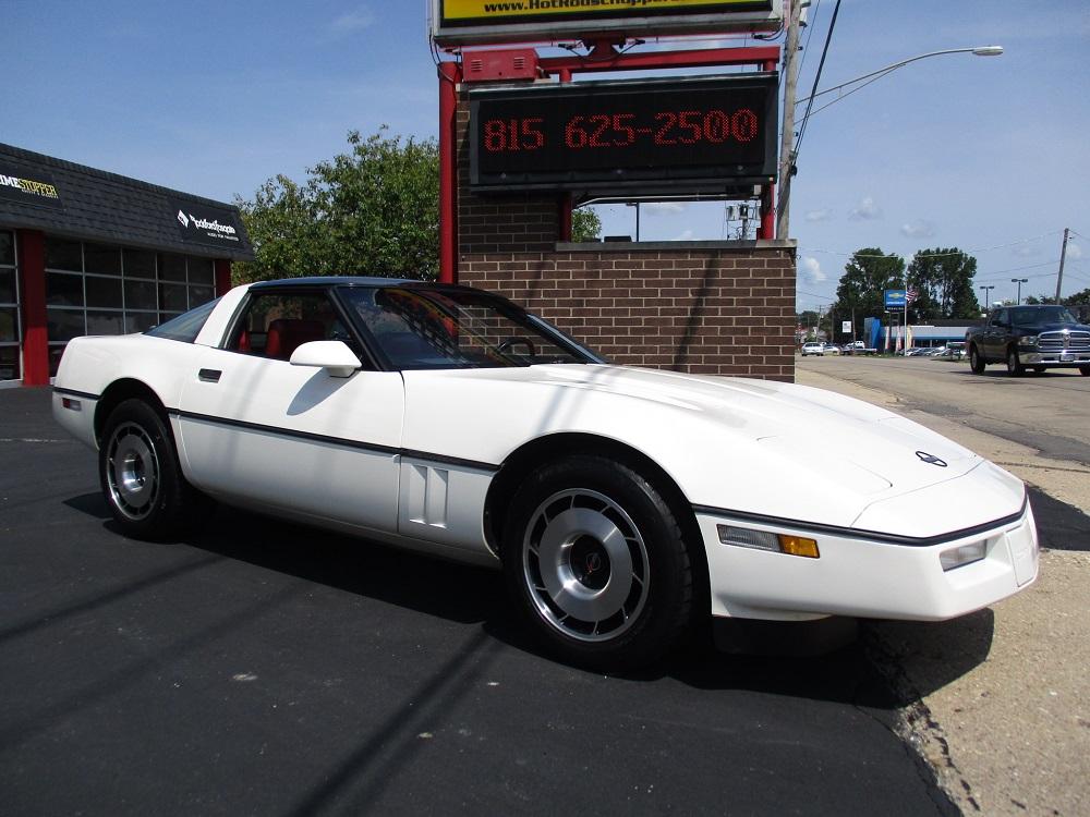 85 Corvette 004.JPG