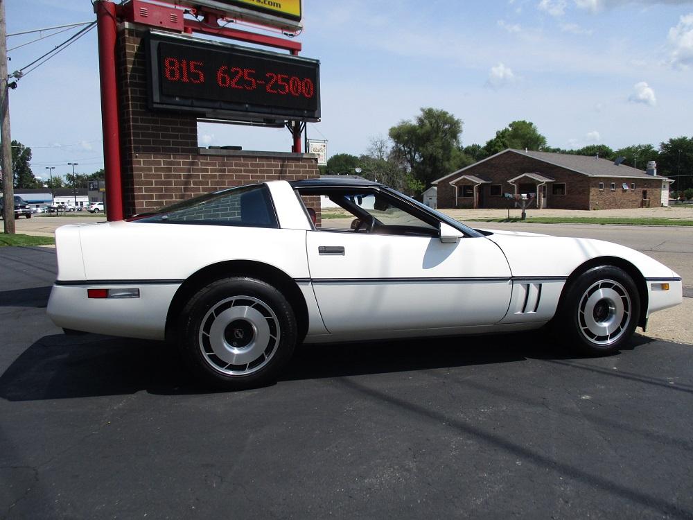 85 Corvette 007.JPG