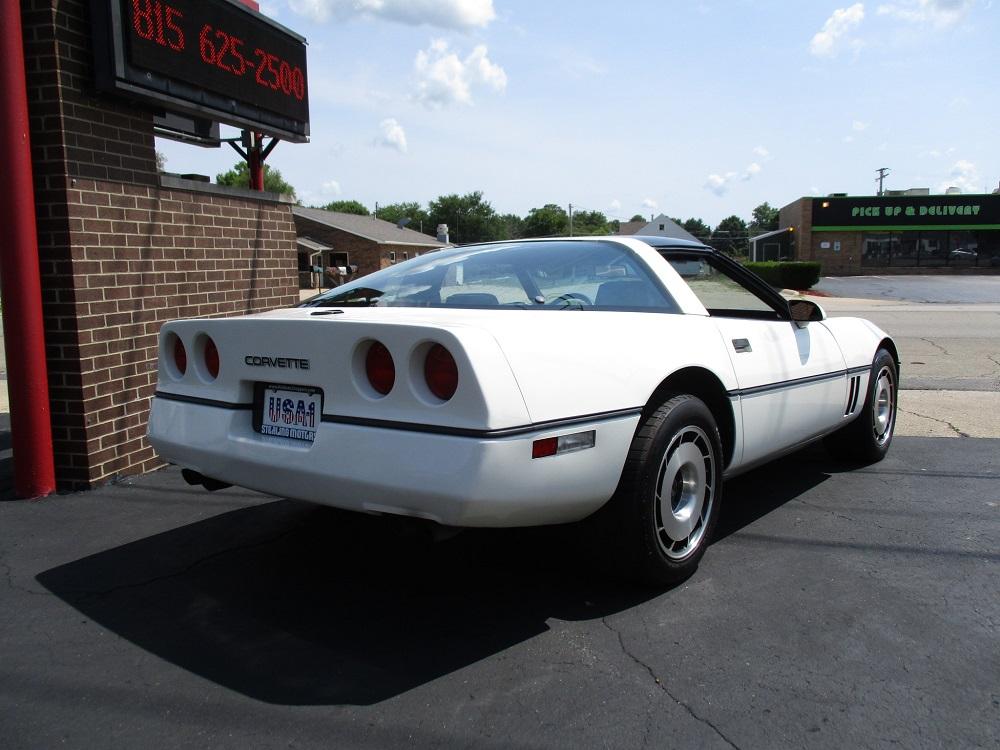 85 Corvette 009.JPG