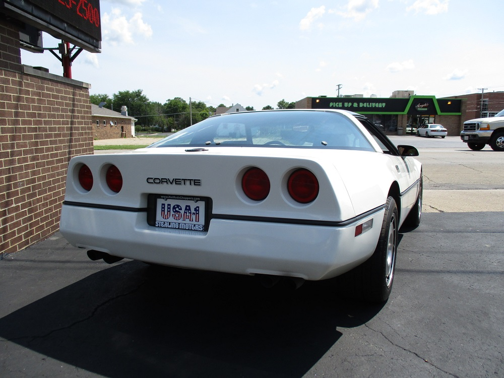 85 Corvette 010.JPG