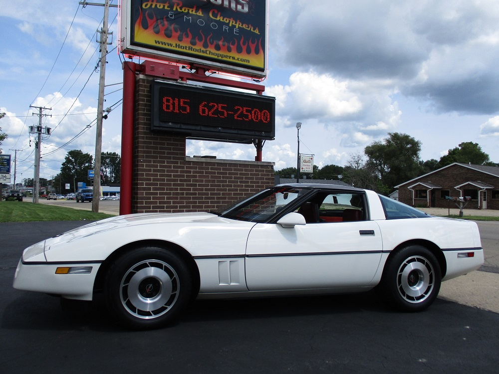 85 Corvette 017.JPG
