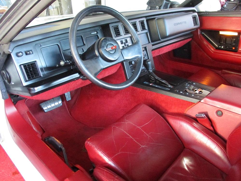 85 Corvette 023.JPG