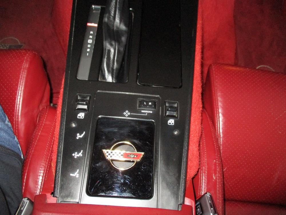 85 Corvette 027.JPG