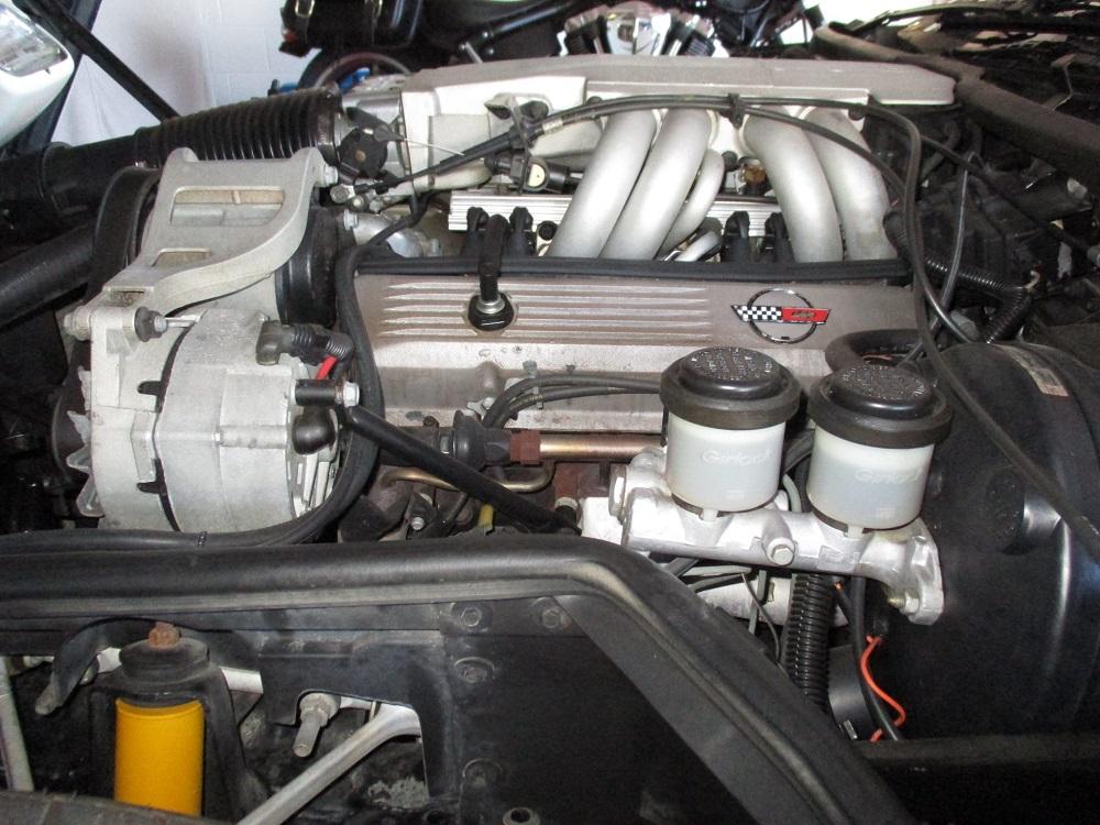 85 Corvette 036.JPG