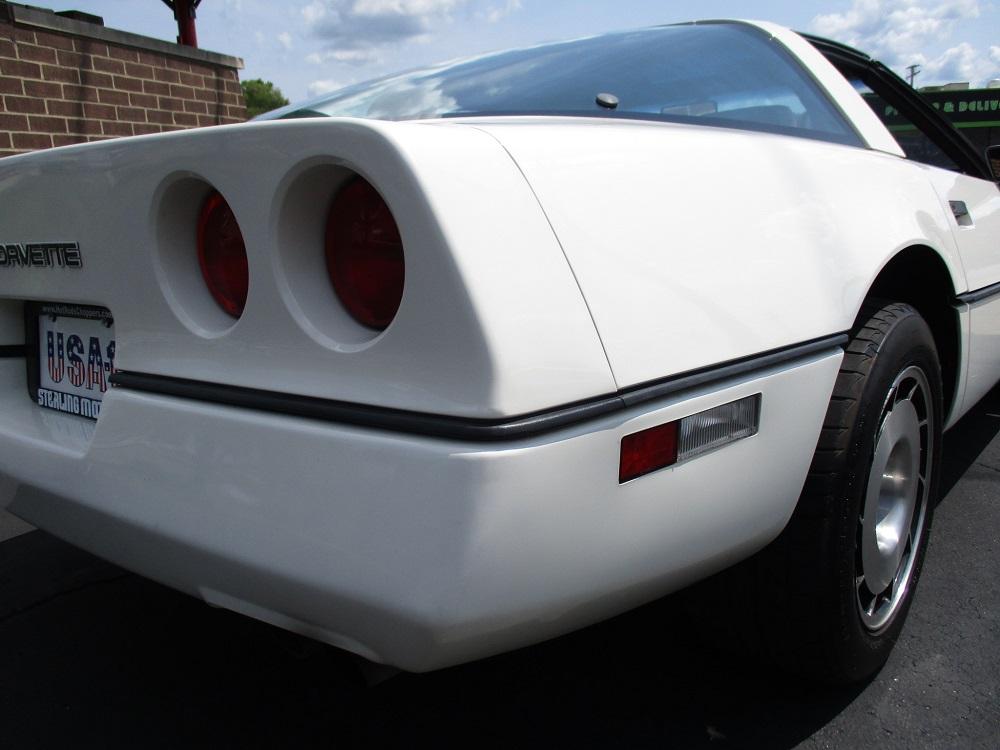 85 Corvette 050.JPG