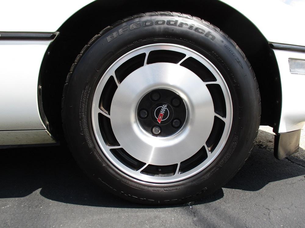 85 Corvette 053.JPG