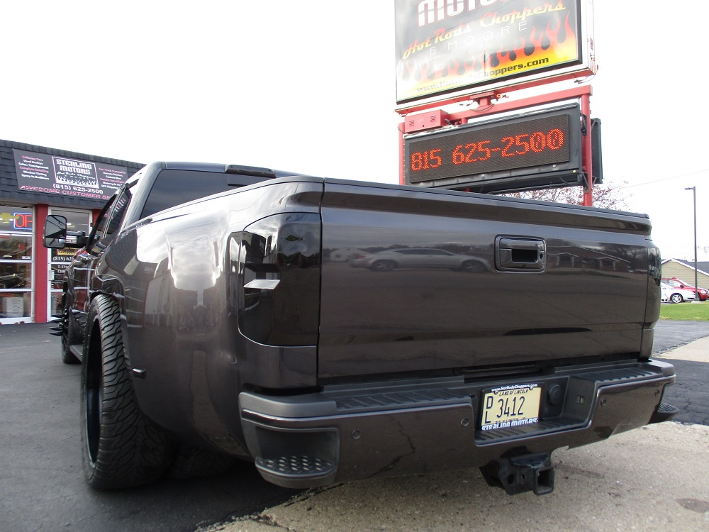 15 GMC Dually Custom 010.JPG