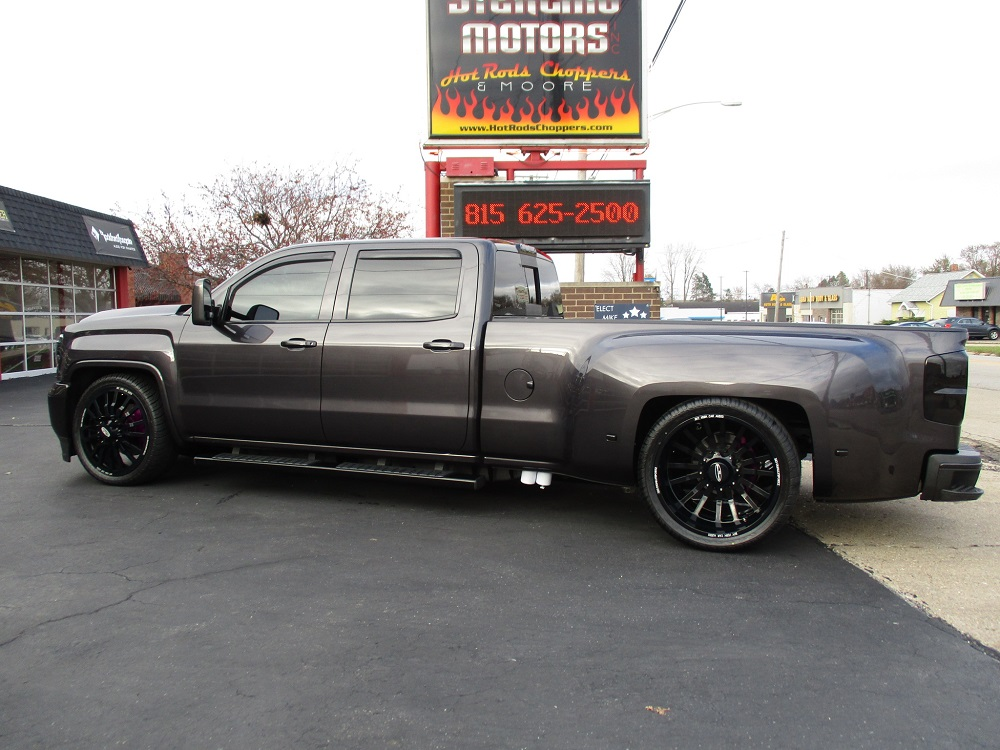 15 GMC Dually Custom 012.JPG