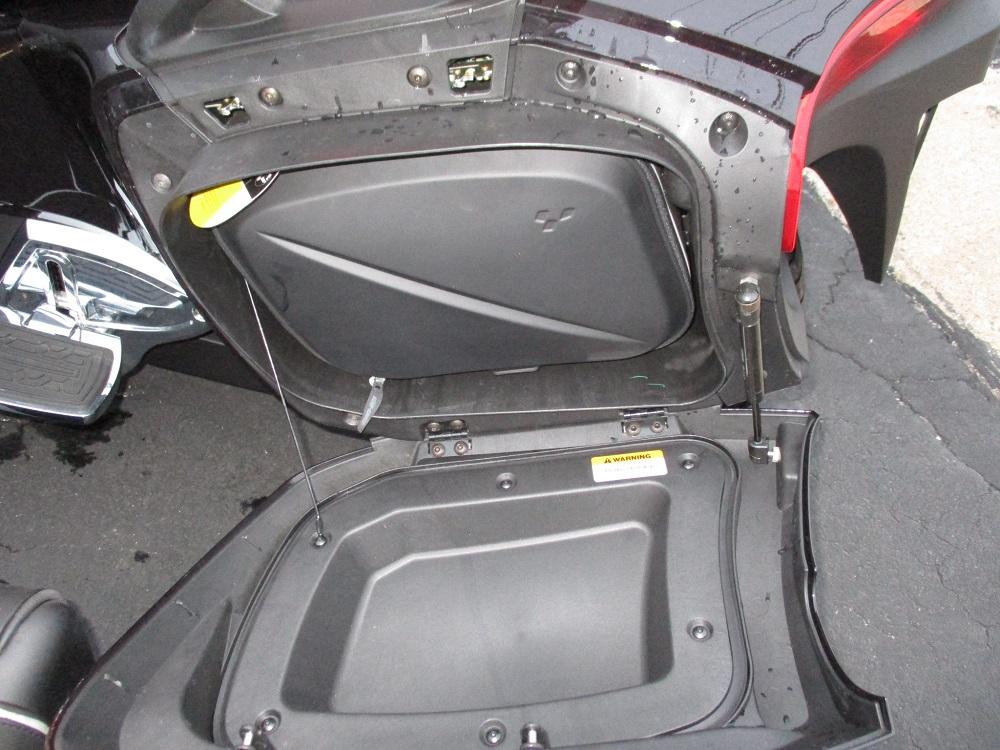 13 Can Am Spyder RT LTD 021.JPG