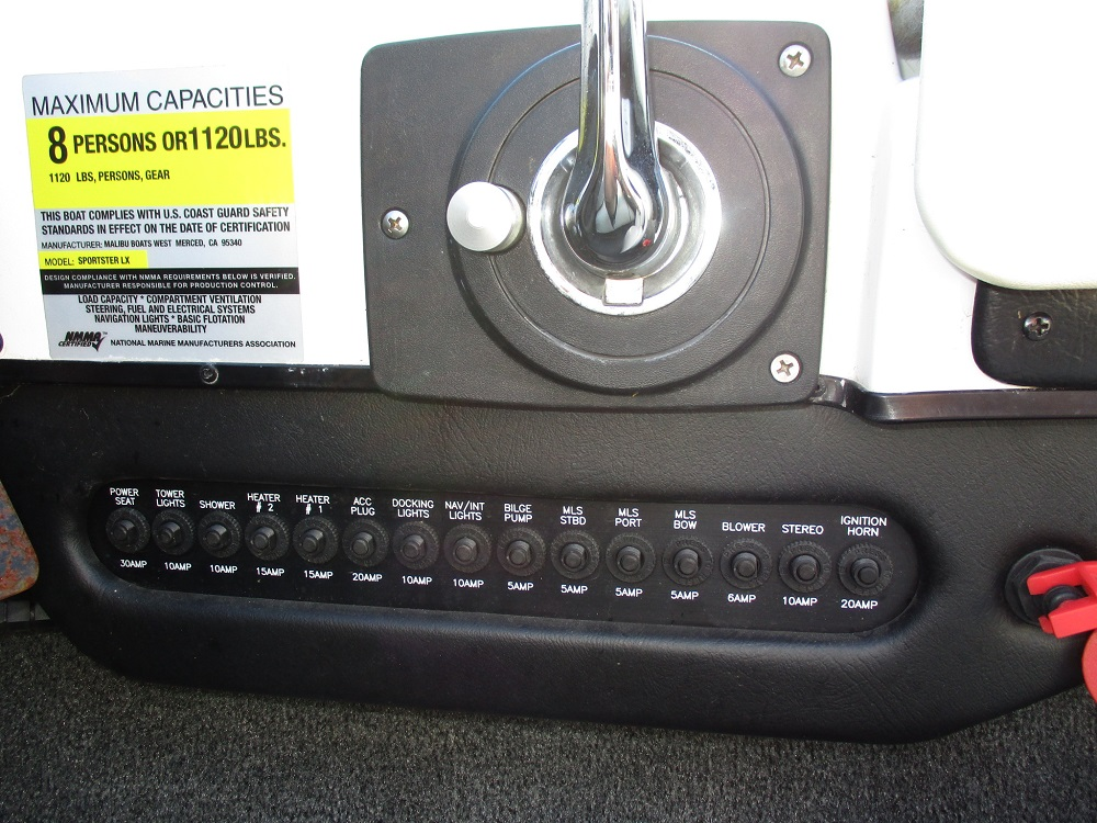 04 Malibu Sportster LX 030.JPG