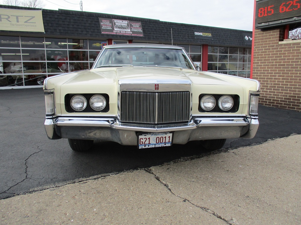 69 Lincoln Continental 002.JPG