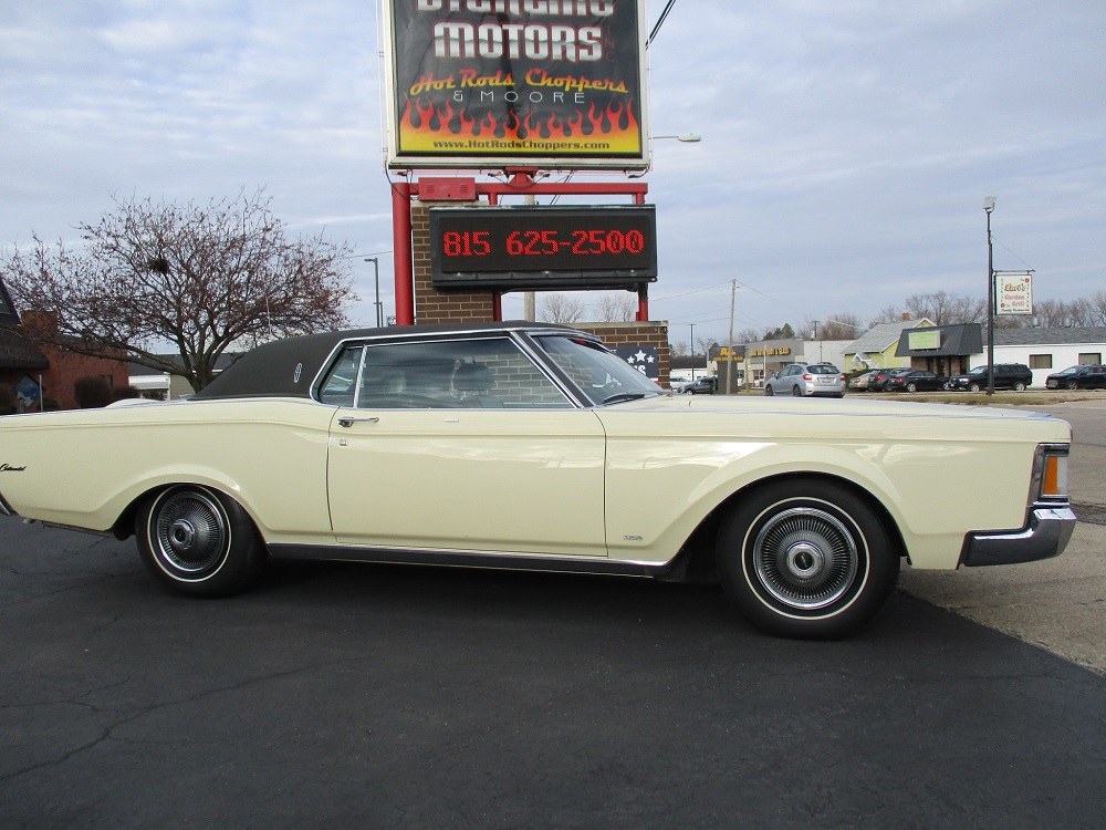 69 Lincoln Continental 005.JPG