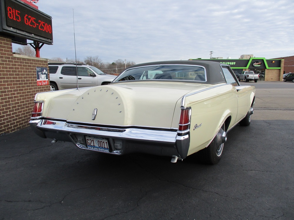 69 Lincoln Continental 009.JPG