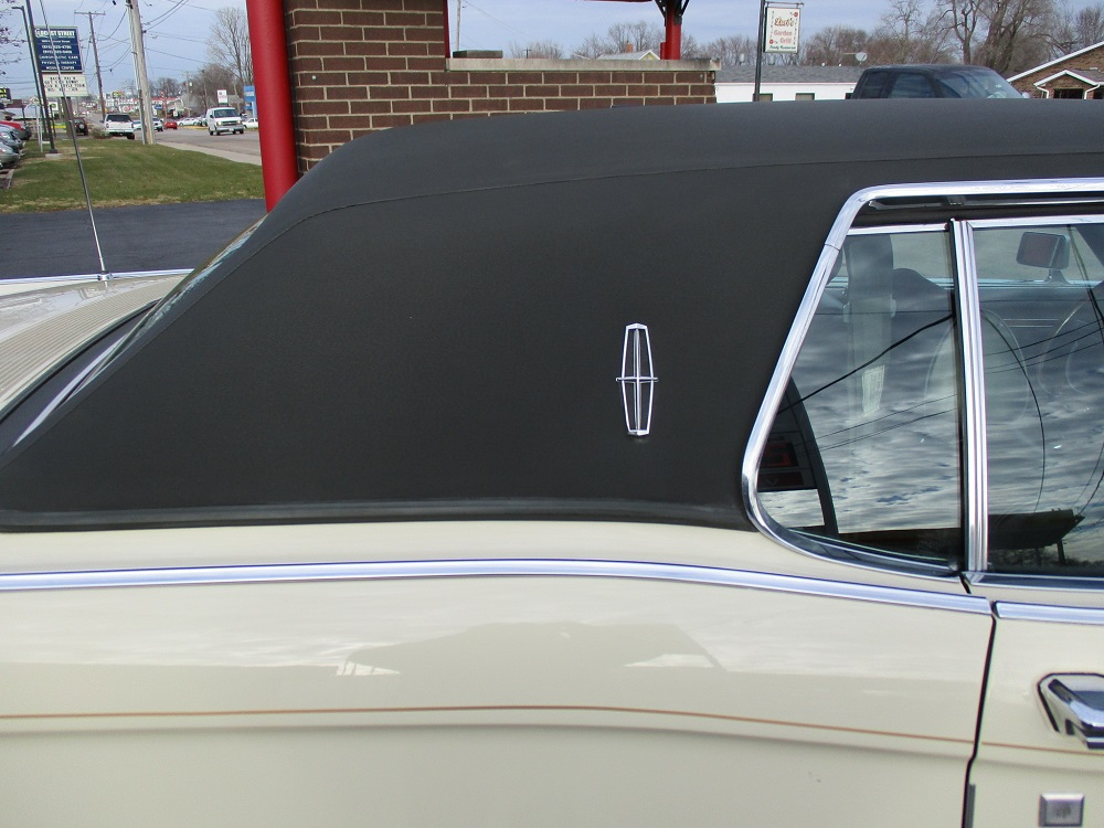 69 Lincoln Continental 053.JPG
