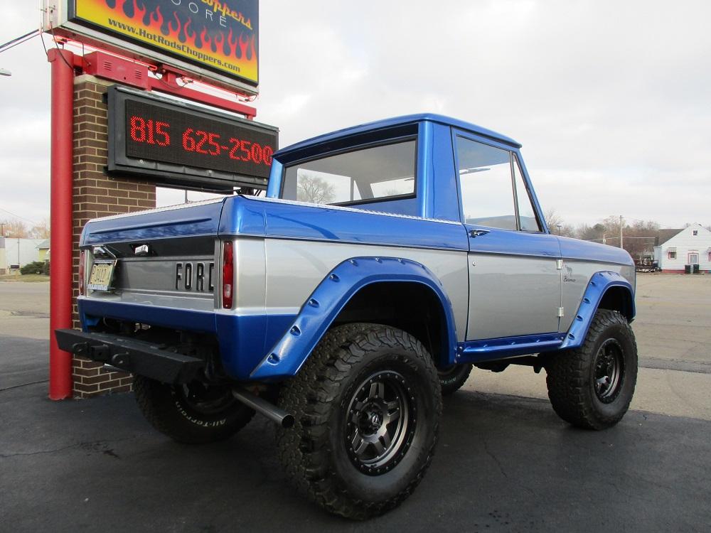 76 Bronco 008.JPG