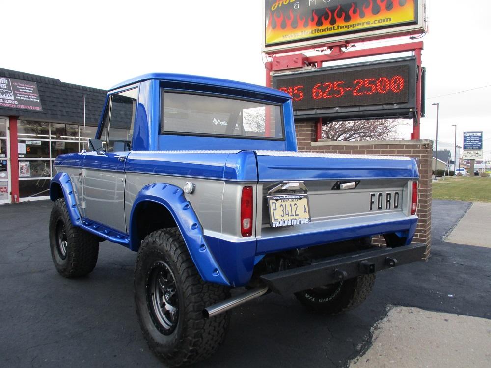 76 Bronco 012.JPG