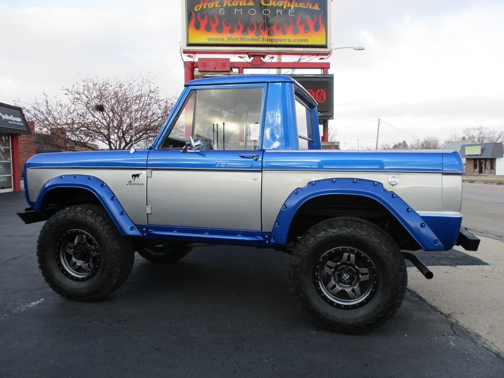 76 Bronco 014.JPG