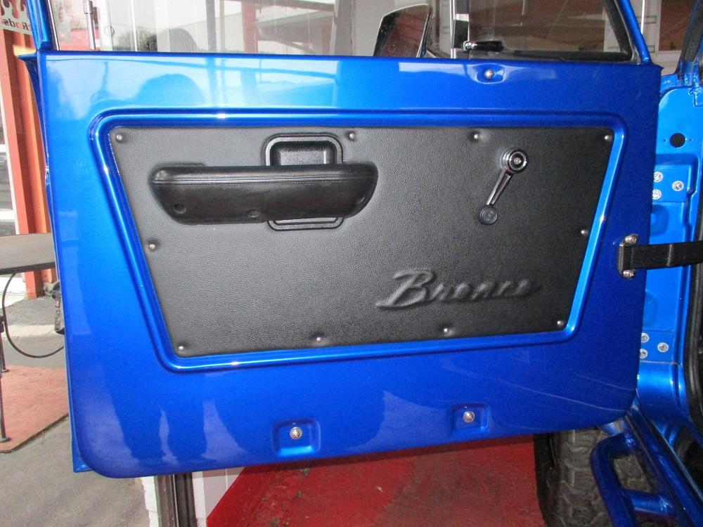 76 Bronco 020.JPG