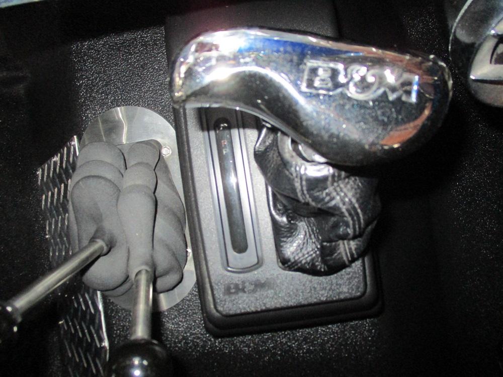 76 Bronco 026.JPG