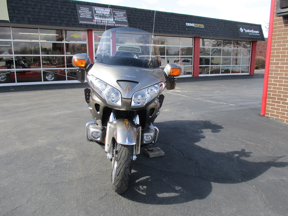 06 Honda Gold Wing 002.JPG