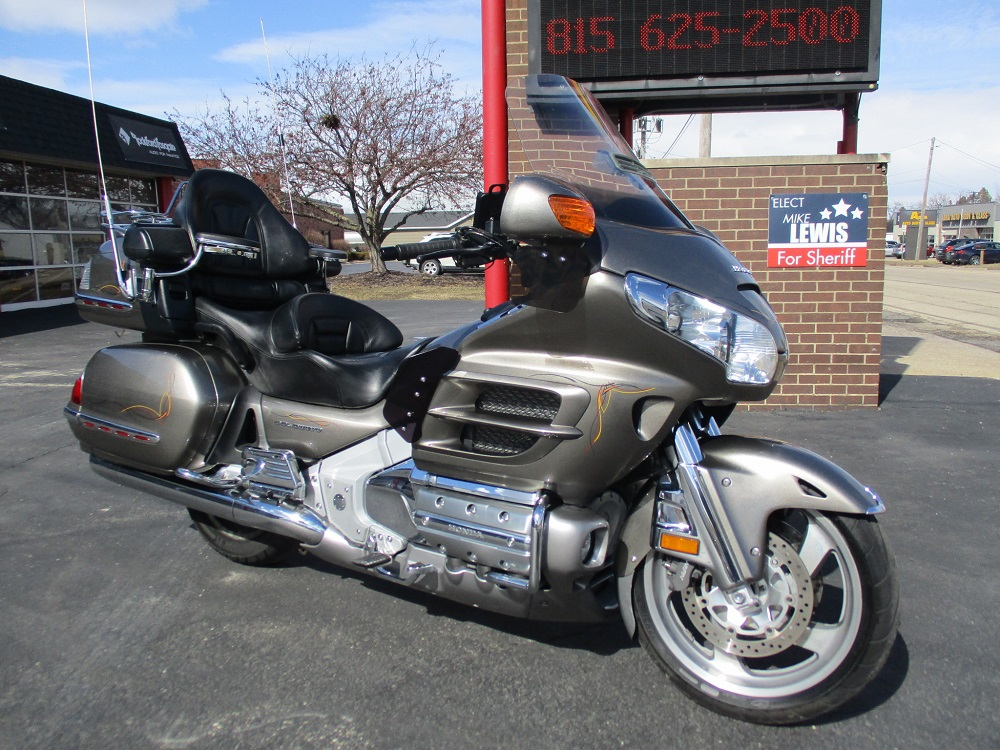 06 Honda Gold Wing 004.JPG