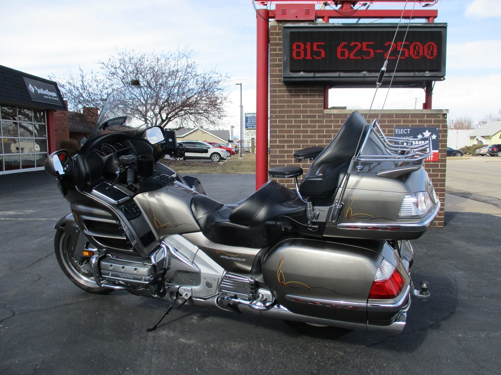 06 Honda Gold Wing 011.JPG
