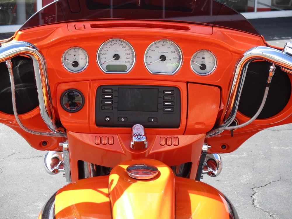 14 HD FLHX 26 Custom 031.JPG
