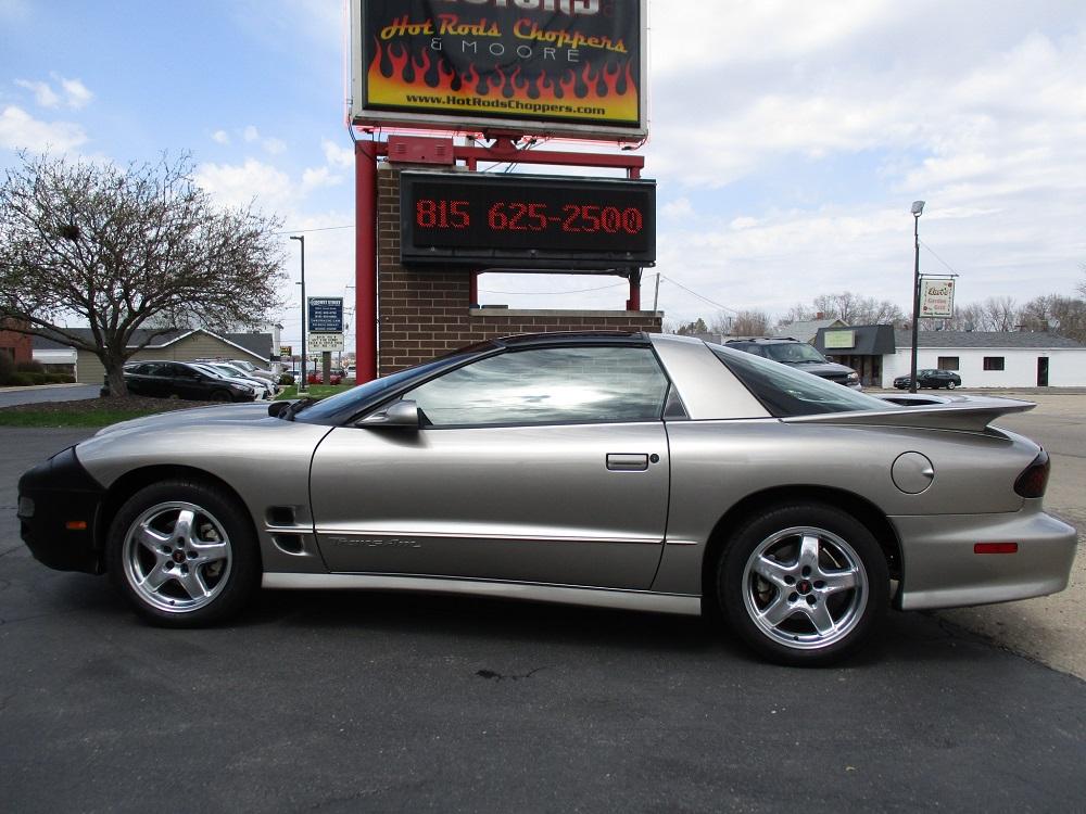 02 Pontiac TransAm WS6 013.JPG