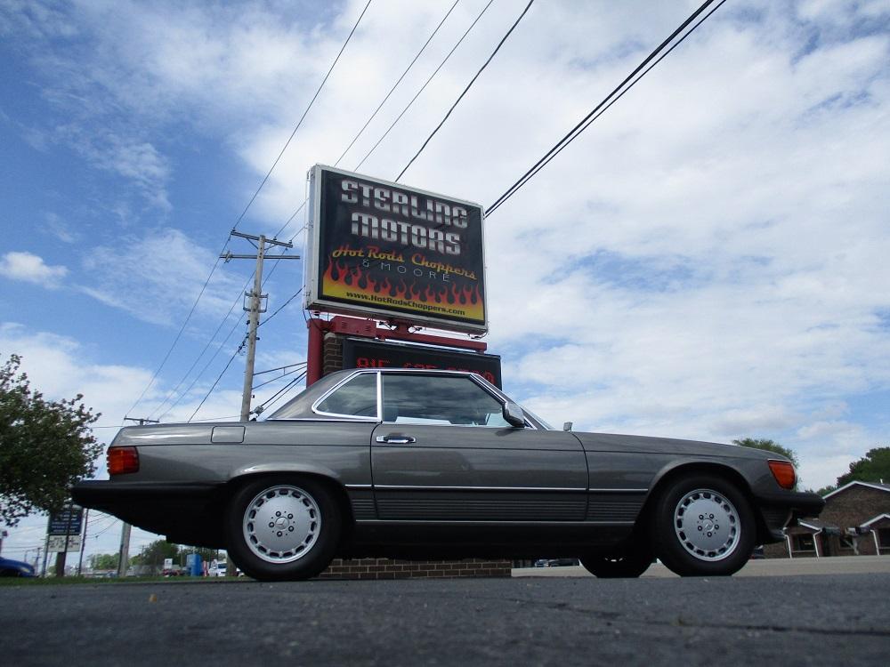 86 Mercedes 560SL 001.JPG