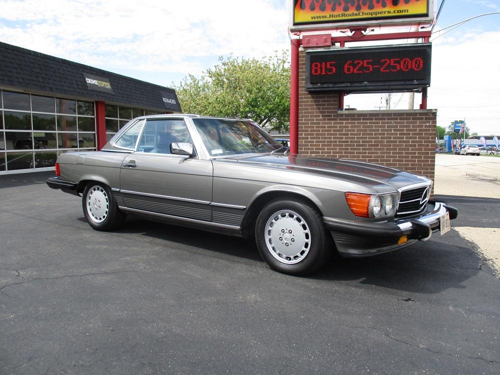 86 Mercedes 560SL 003.JPG