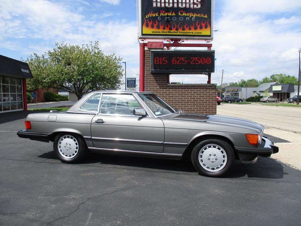 86 Mercedes 560SL 004.JPG