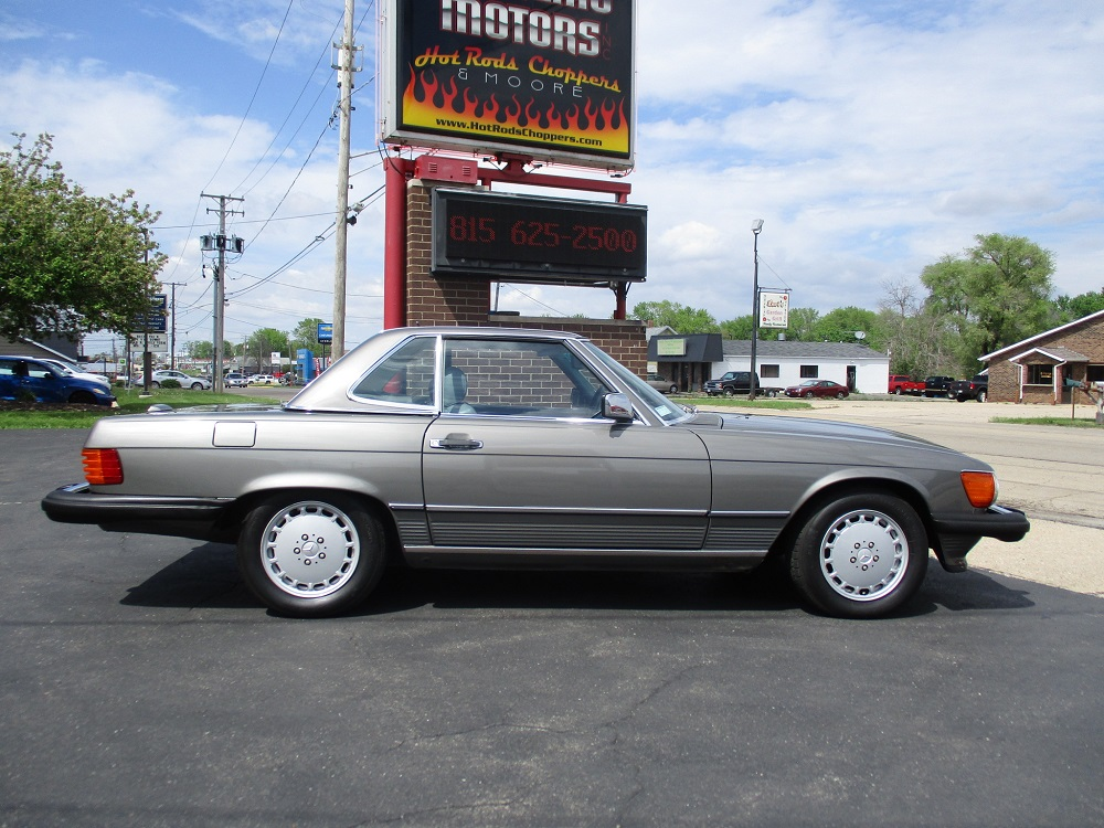 86 Mercedes 560SL 005.JPG
