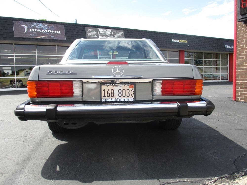86 Mercedes 560SL 009.JPG