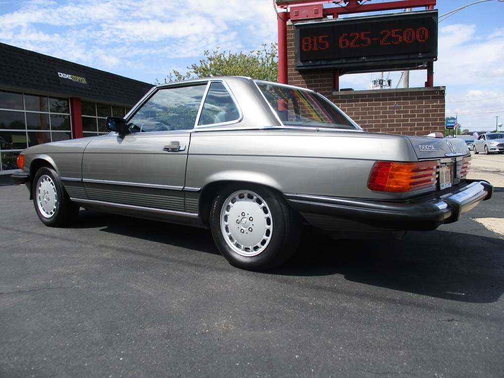 86 Mercedes 560SL 011.JPG