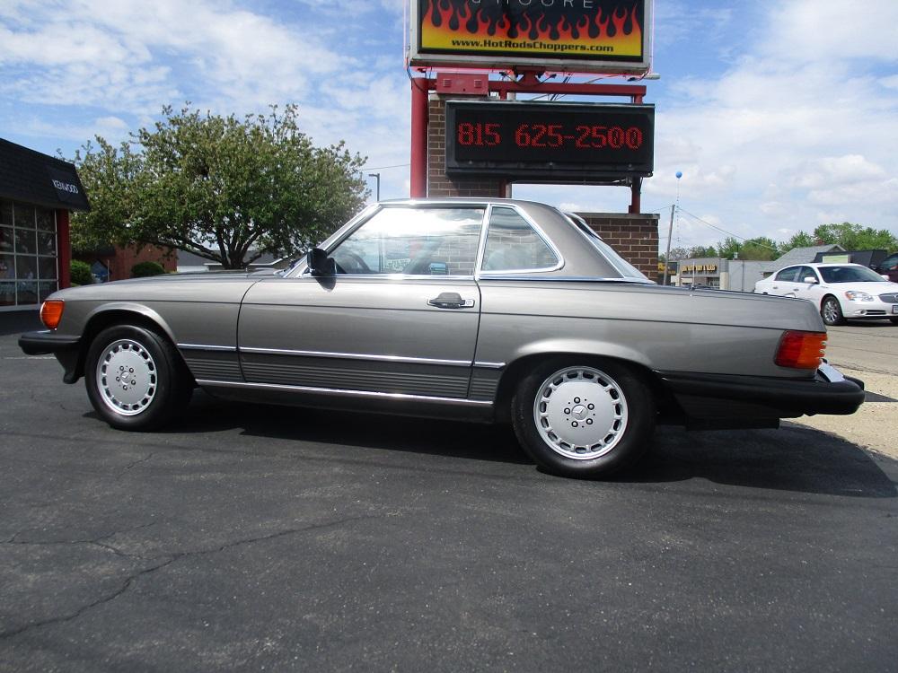 86 Mercedes 560SL 012.JPG
