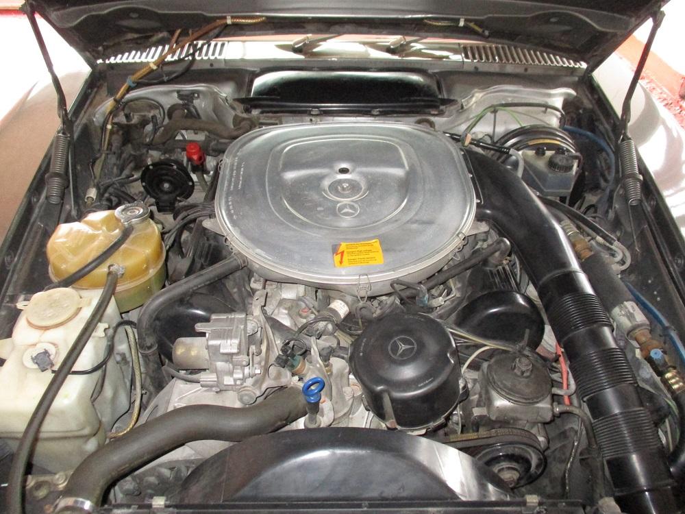 86 Mercedes 560SL 032.JPG
