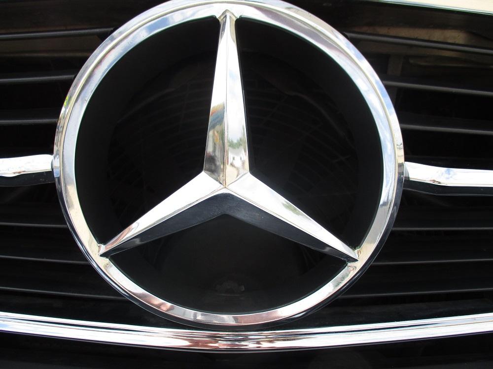 86 Mercedes 560SL 053.JPG