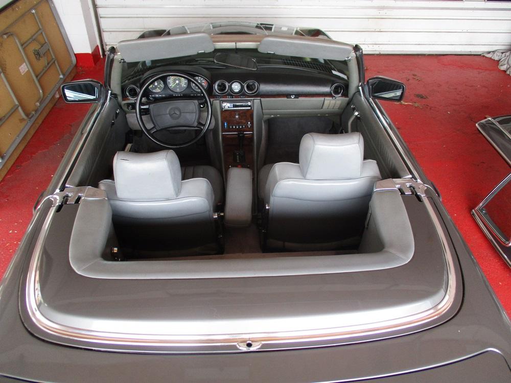 86 Mercedes 560SL 064.JPG