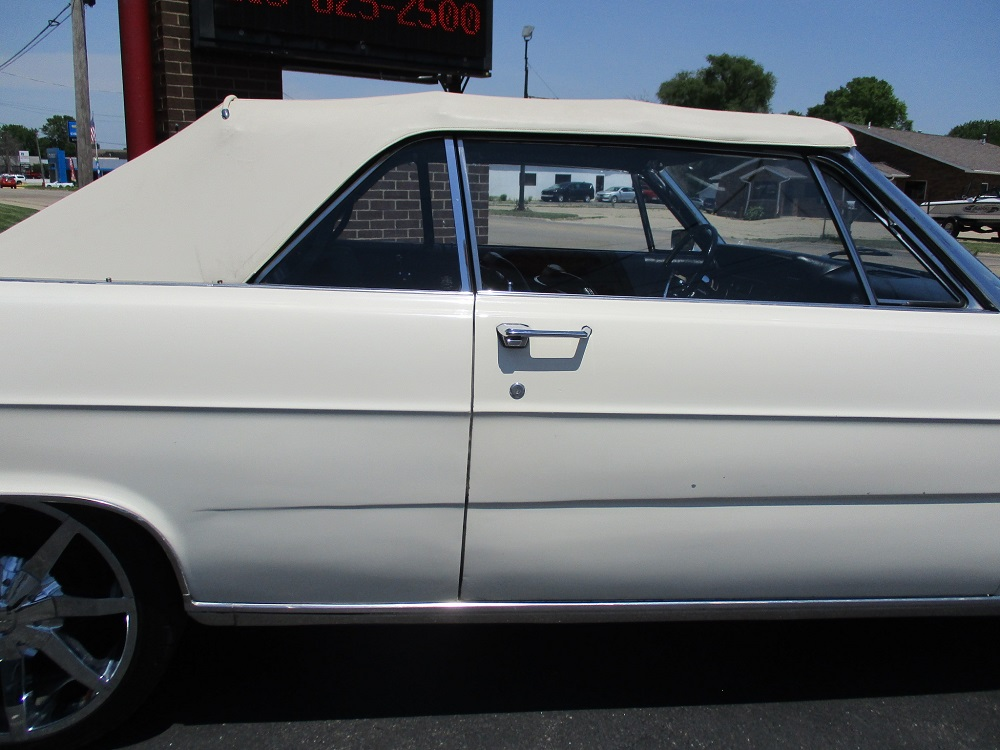65 Ford Galaxie 500 XL 095.JPG