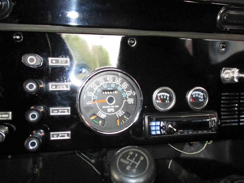 80 Jeep CJ7 043.JPG