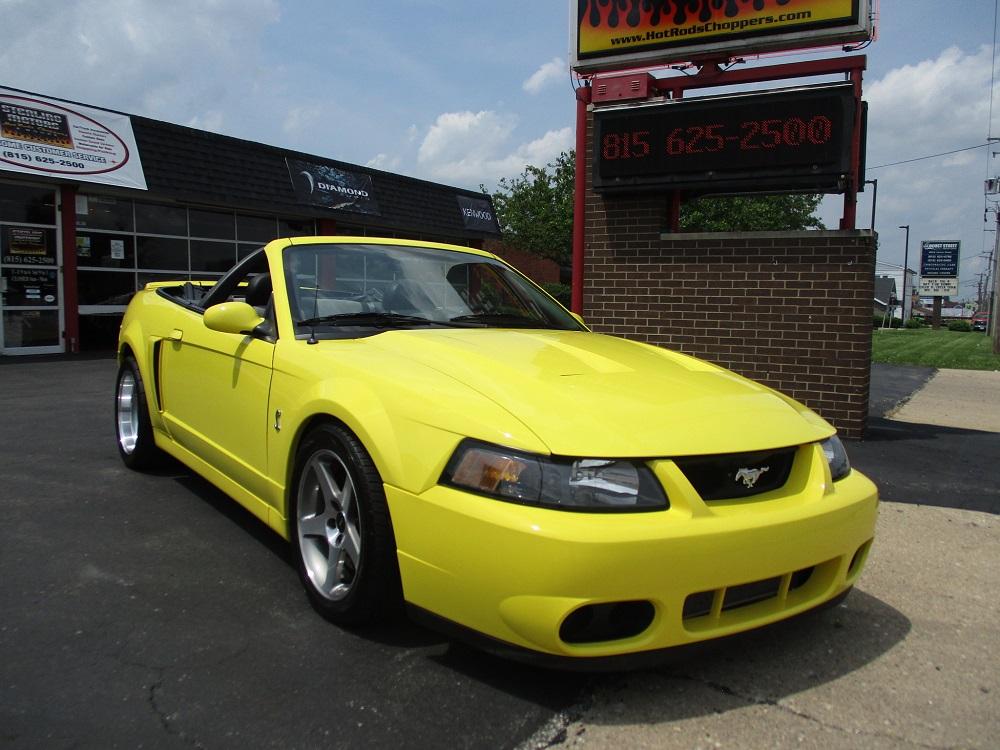 03 Mustang SVT 003.JPG