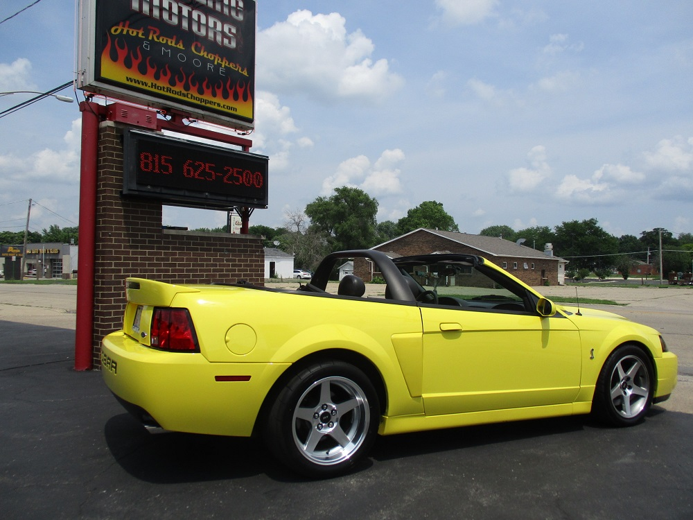 03 Mustang SVT 008.JPG