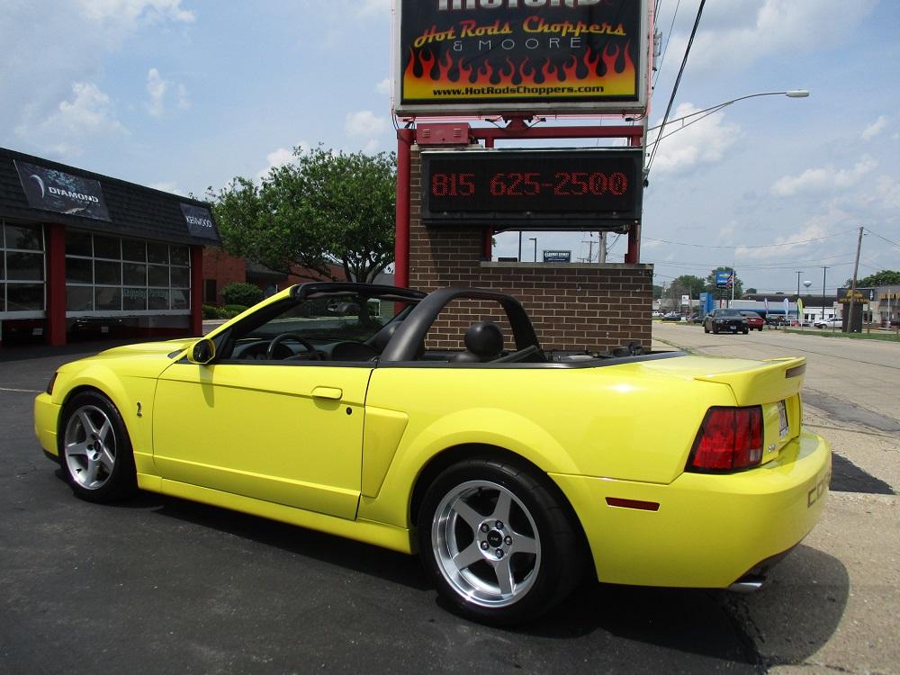 03 Mustang SVT 012.JPG