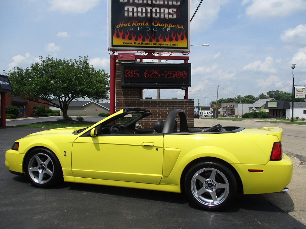 03 Mustang SVT 013.JPG