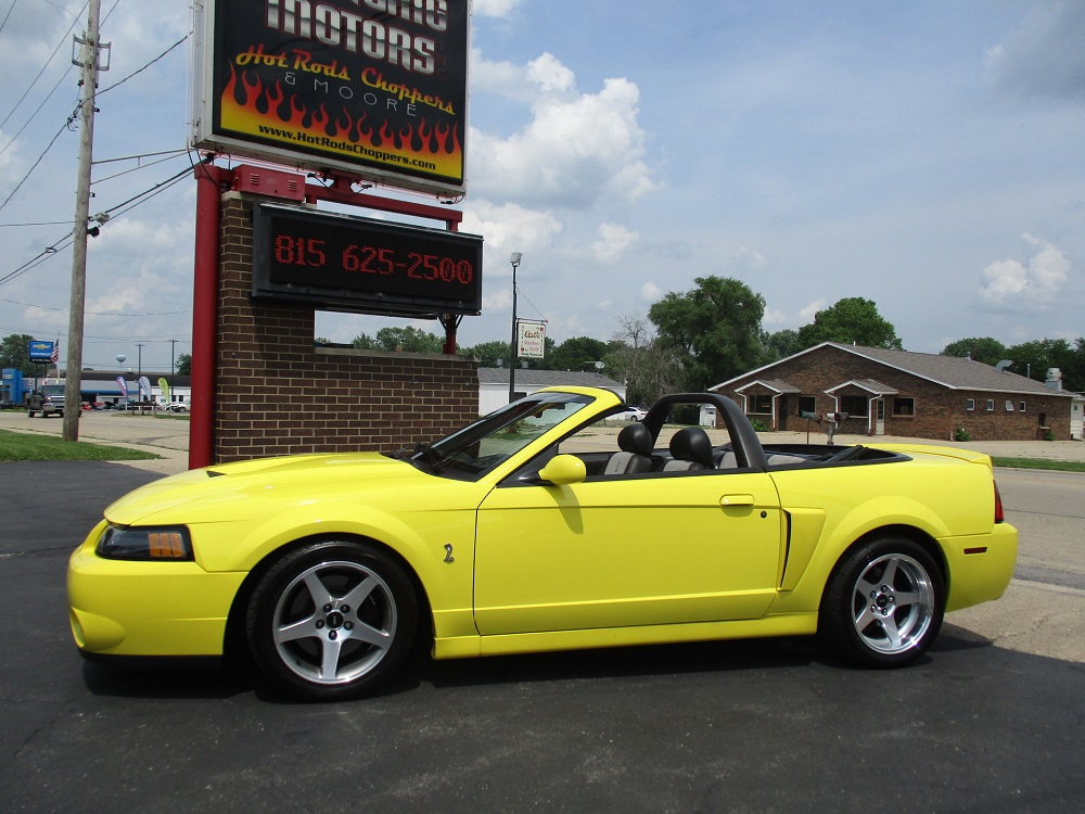 03 Mustang SVT 015.JPG